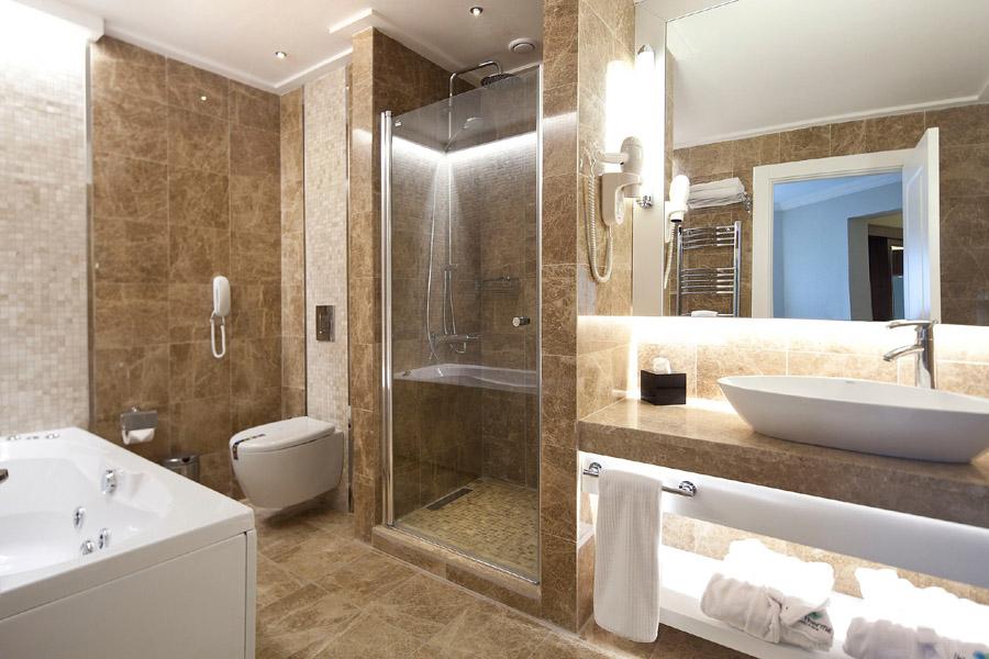 Esenler Banyo Dolaplari Dekorasyonu Tadİlati 7k Banyo
